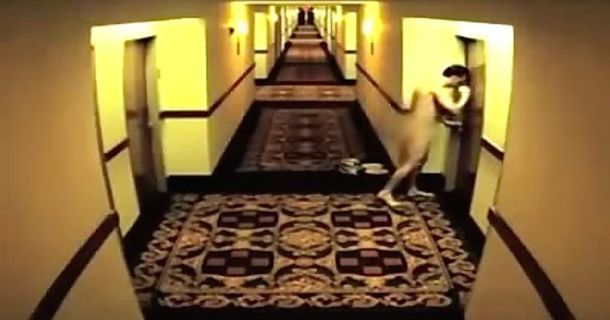 Naked Guy Gets Locked Out Of His Hotel Room And Takes The Longest Walk Of His Life